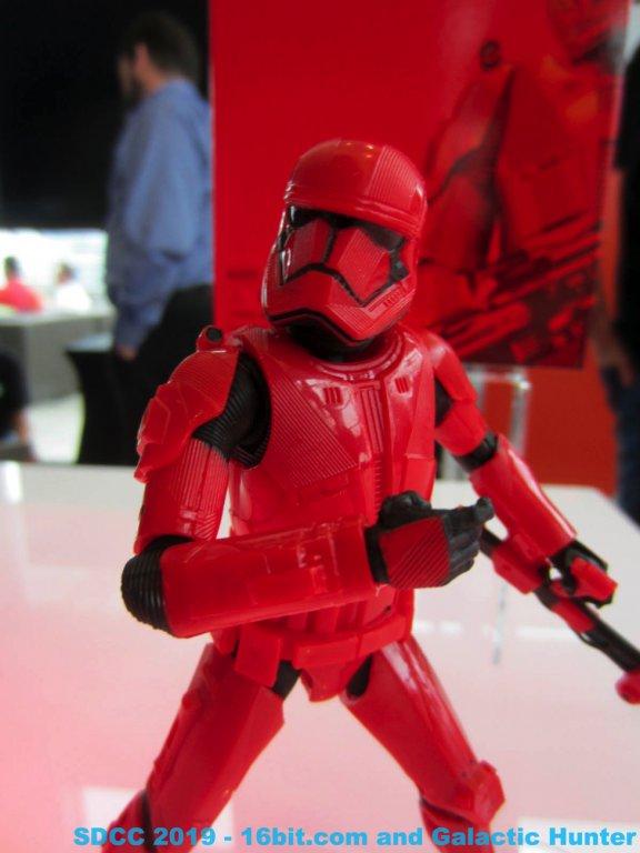 Prop Replicas Galactic Hunter